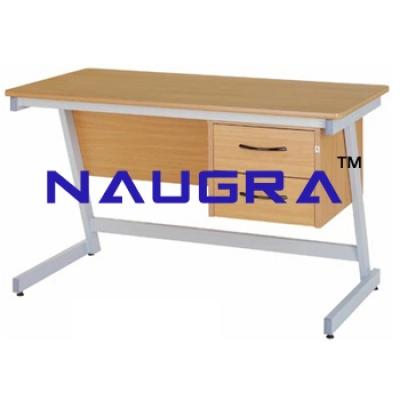 Teachers Desk 5